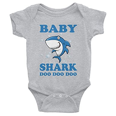 0559bbc8ad2 Amazon.com  Baby Shark Doo Doo Doo Onesies-Funny Gift for Kids Babies from  dad mom  Eureka-Store  Clothing