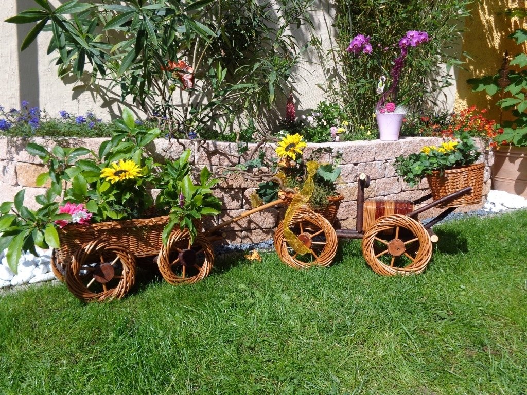 Bagger mit Korb-Schaufel + Hänger braun 80 + 65 cm XXL, aus Korbgeflecht, Korbruten wetterfest**, pfiffige GARTENDEKO, ideal als Pflanzkasten, Blumenkasten, Pflanzhilfe, Pflanzcontainer, Pflanztröge, Pflanzschale, Rattan, Weidenkorb, Pflanzkorb, Blumentöpfe, Holzschubkarre, Pflanztrog, Pflanzgefäß, Pflanzschale, Blumentopf, Pflanzkasten, Übertopf, Übertöpfe, , Holzhaus Pflanzgefäß, Pflanztöpfe Pflanzkübel