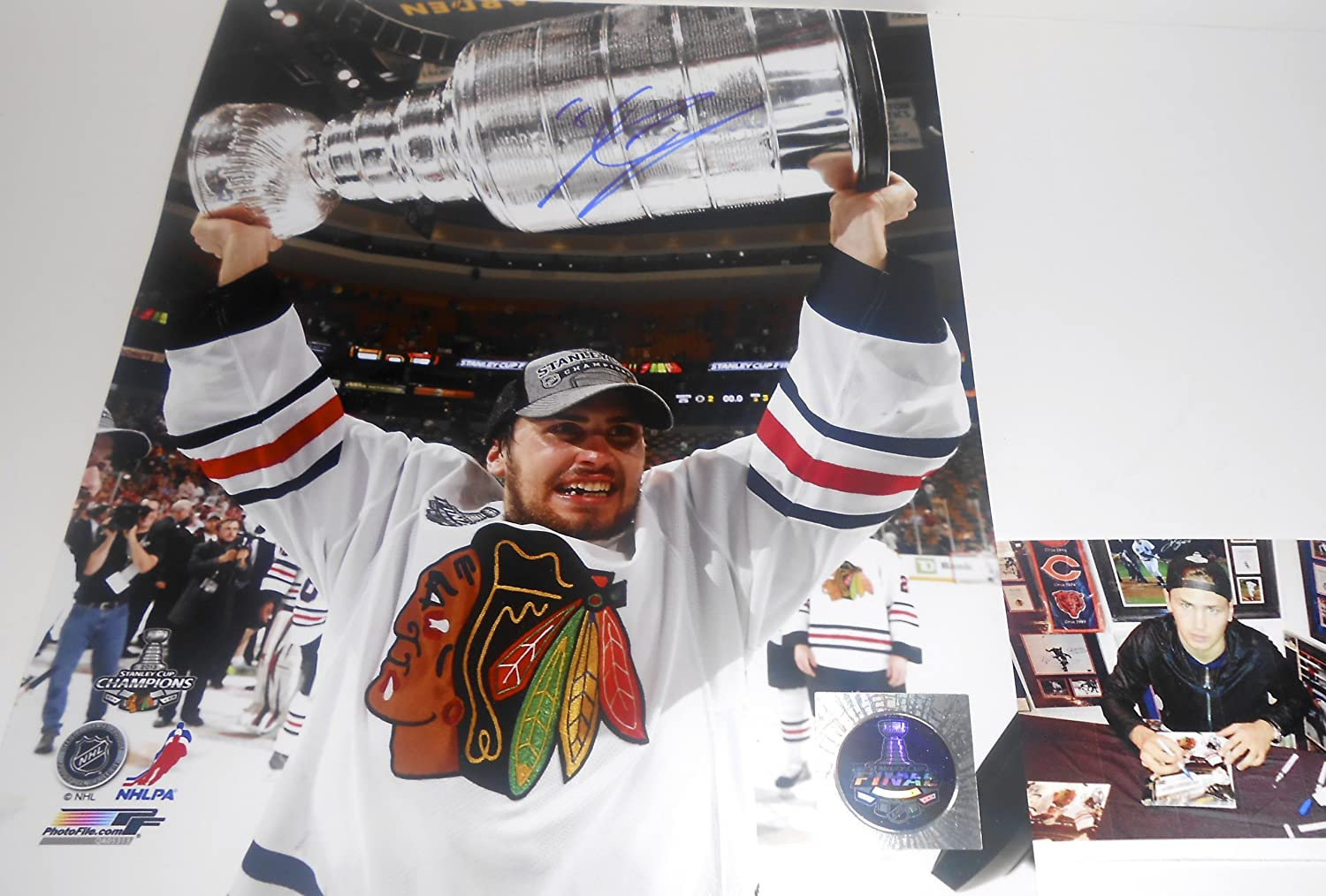 Marcus Kruger Chicago Blackhawks Autographed Signed 2013 Champions 8x10 Picture SidsGraphs