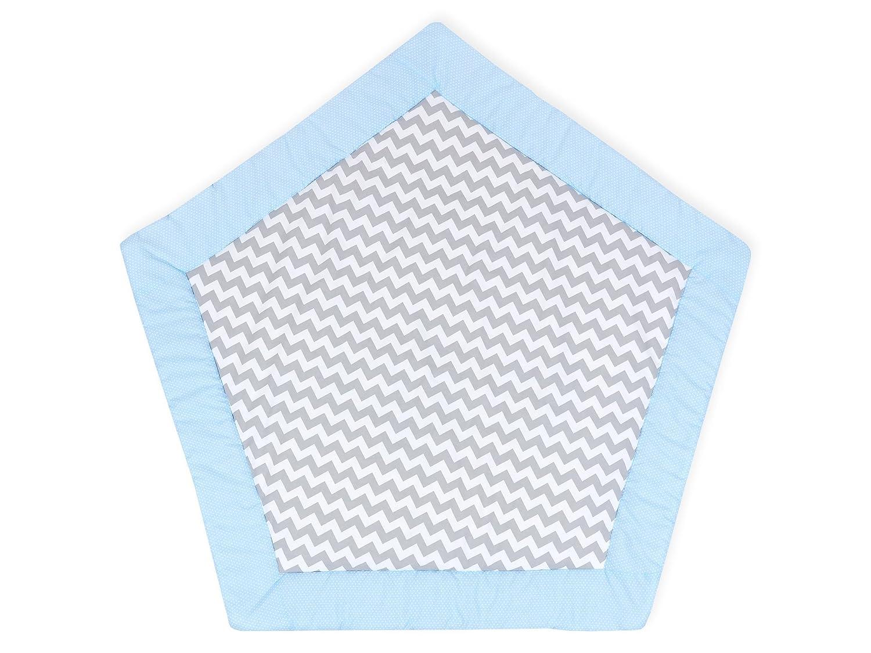 KraftKids Kinder Spielmatte weiße Punkte auf Hellblau Chevron grau, Spielteppich in Fünfeck-Form 145 cm Durchmesser, Krabbeldecke mit Liebe handgefertigt in der EU B07CNCFVWH Spiel- & Krabbeldecken, Spielbögen Gewinnen Sie das Lob der Kunden |