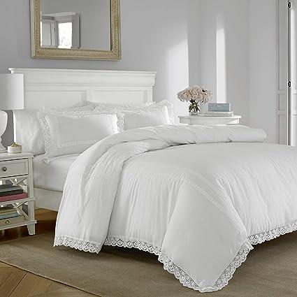 Amazon Com Laura Ashley Annabella Comforter Set Full Queen White