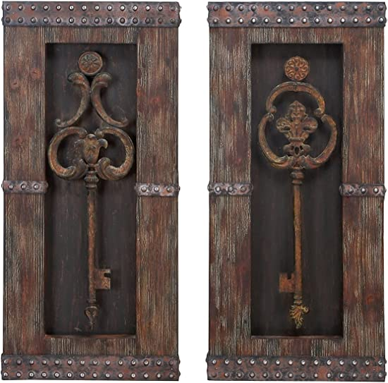 Urban Designs 2 Piece Vintage Metal Keys Wall Art Decor Set