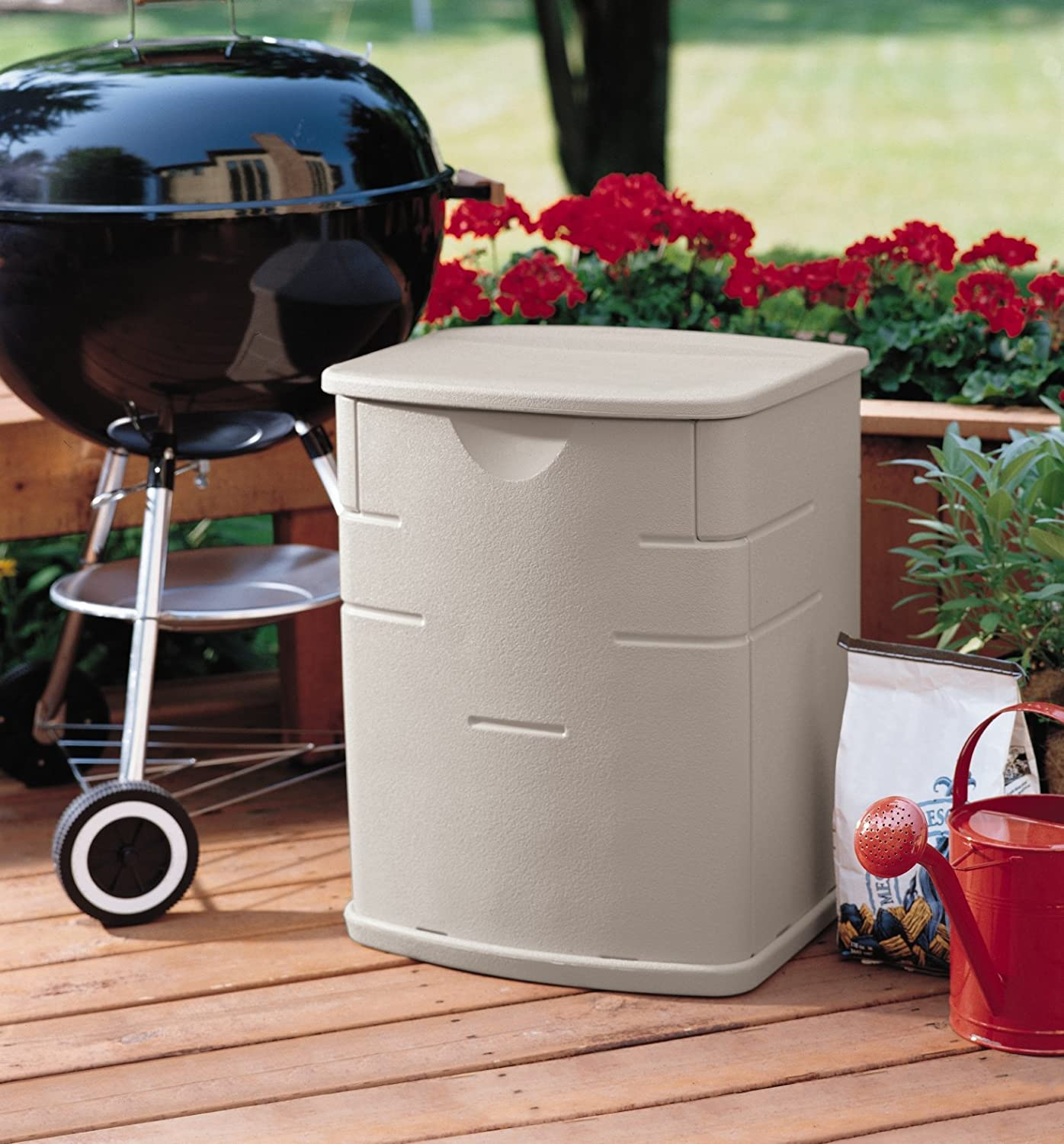 Amazon.com : Rubbermaid 18 By 17 By 23 Inch Small Deck Box #3743 : Patio,  Lawn U0026 Garden