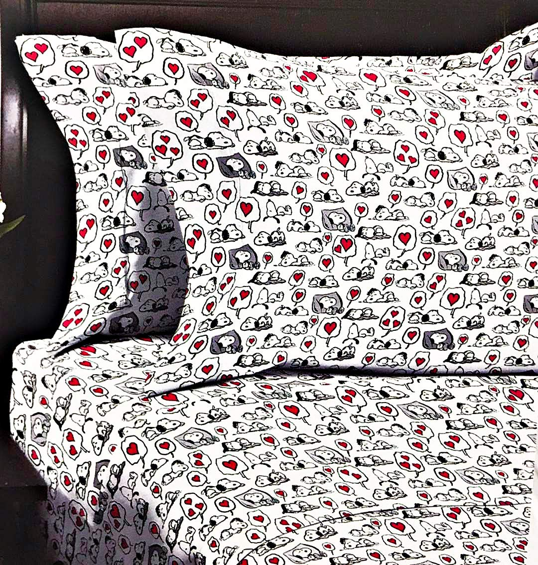 Snoopy Peanuts Valentines Sweet Dreams of Love Queen Sheet Set with Red Hearts by Berkshire