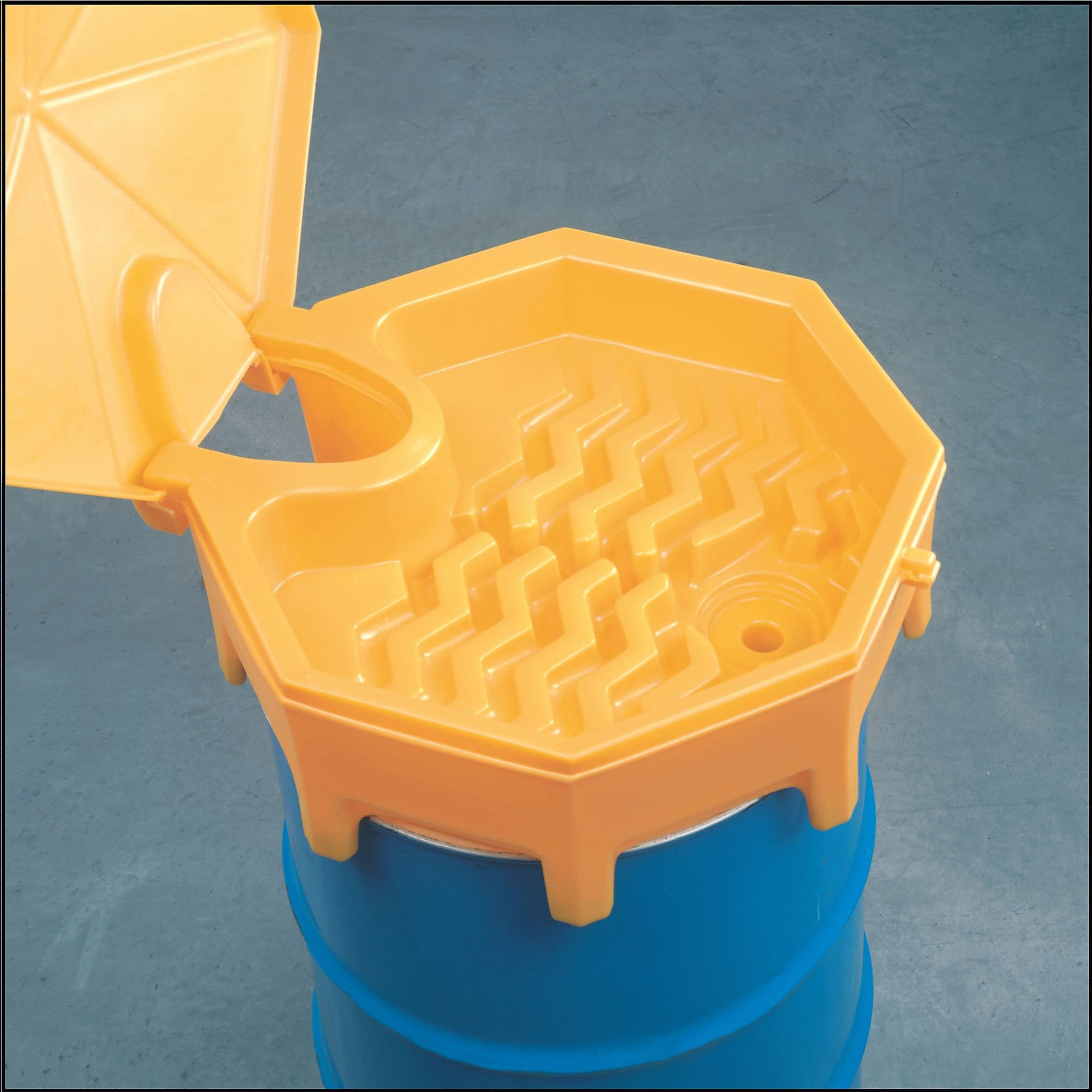 Drum Funnel with Lid,26.5 In,with Spout
