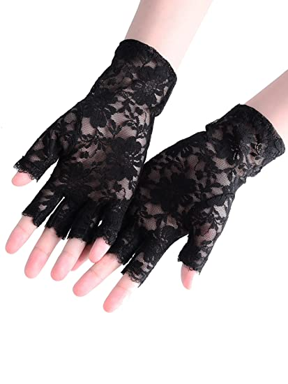 Amazon.com  BBTO 3 Pairs 80s Lace Fingerless Gloves Costume Gloves ... 250766fdc