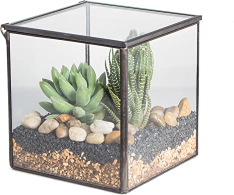 hand made Decorative container in gravel
