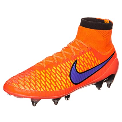 9b9dd403688b Amazon.com  Nike Mens Magista Obra SG-PRO Soft Ground Soccer Cleats 7 1 2  US
