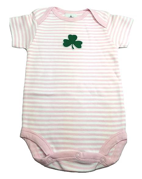 Amazon.com: Irlandés Baby Body Suit Pink & White Shamrock ...