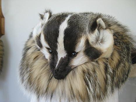 b2de3685e16 Amazon.com  Badger Real Fur Hat with Full Face Real Pelt (Handmade)