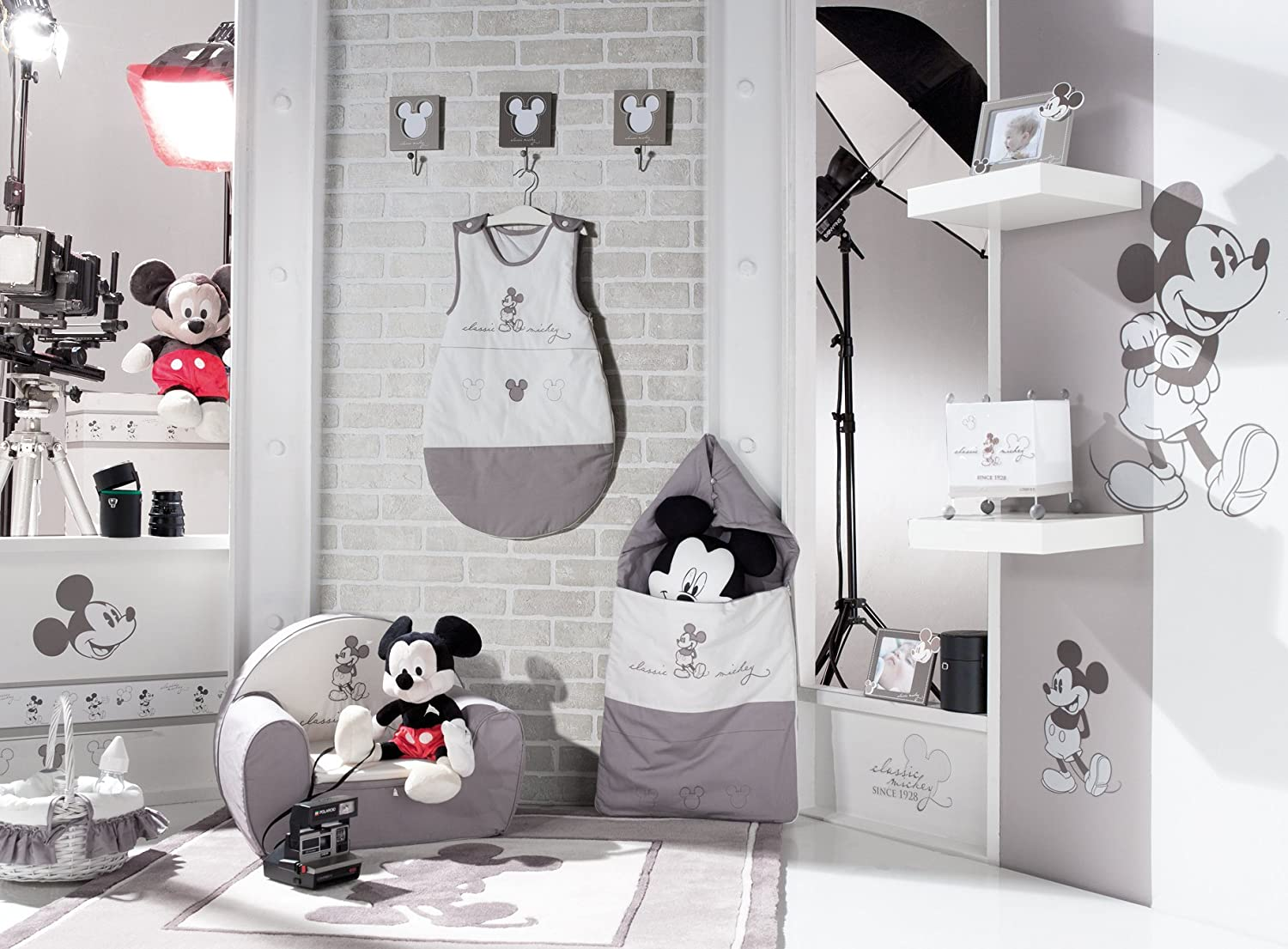 cool sauthon on line tour de lit classic mickey gris x x cm amazonfr bbs u puriculture with tour. Black Bedroom Furniture Sets. Home Design Ideas