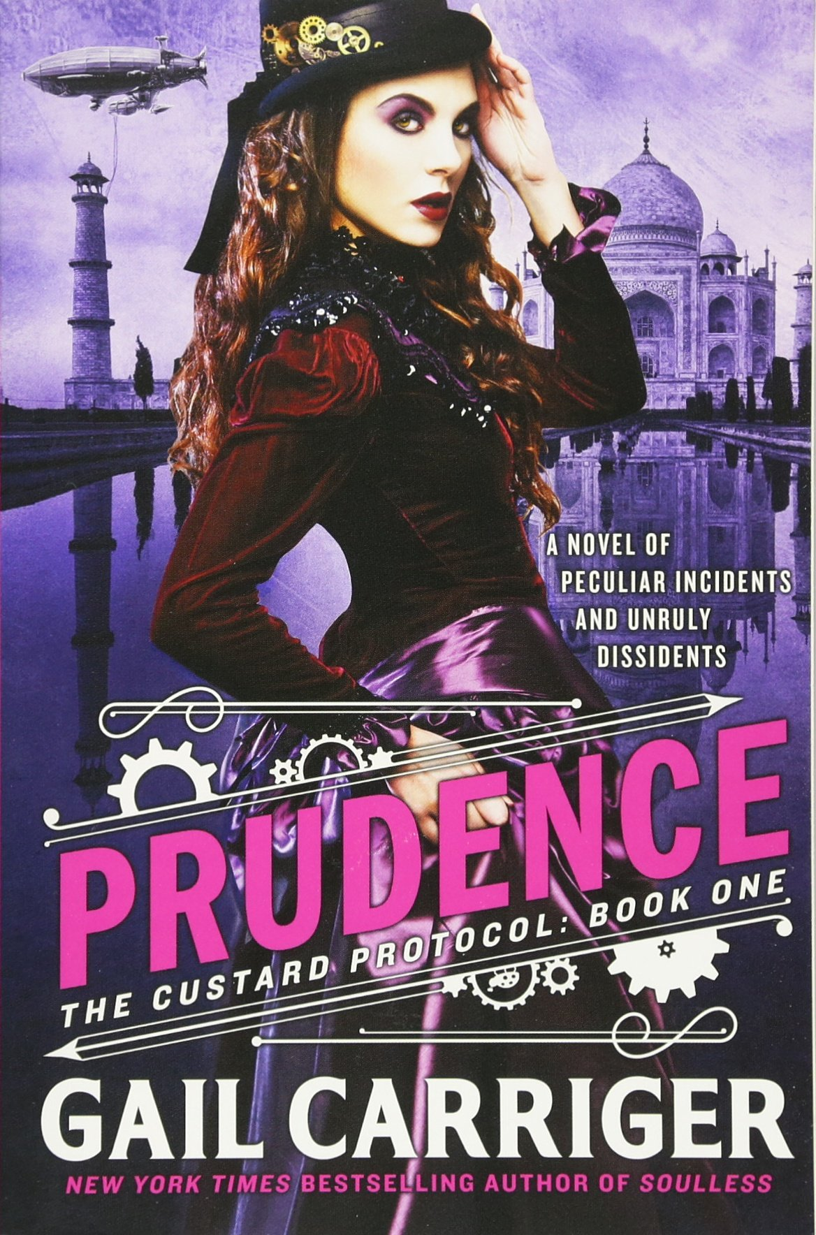 Prudence (the Custard Protocol): Gail Carriger: 9780316212250: Amazon:  Books