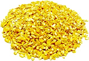 Family Farm and Feed | Four Seasons | Cracked Corn | Wild Bird Food | Backyard Songbird | 4 Pounds