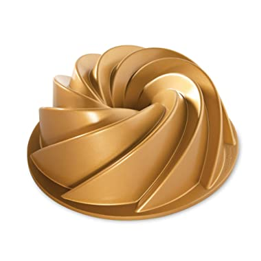 Nordic Ware 80677 Heritage Bundt Pan One Gold