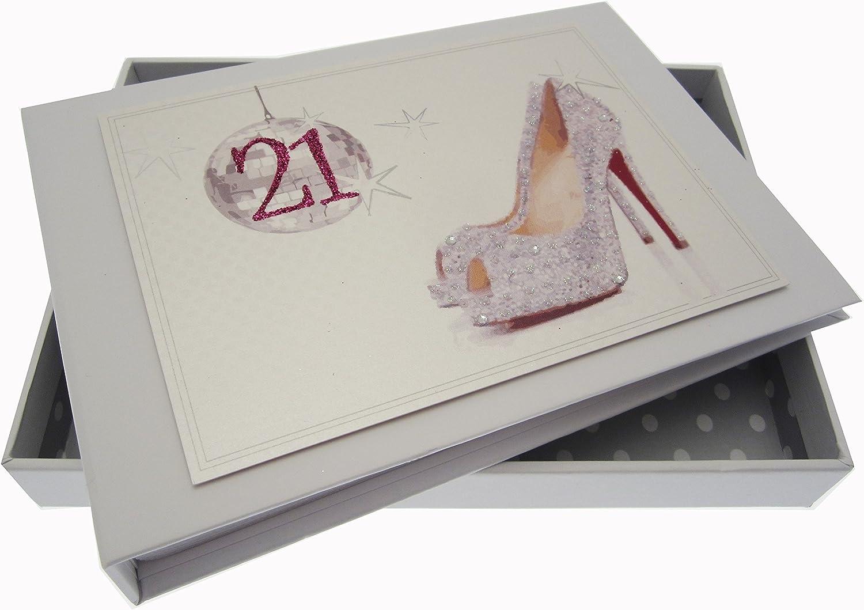 Tarjetas de algodón blanco 21o cumpleaños de la bola y los zapatos ...