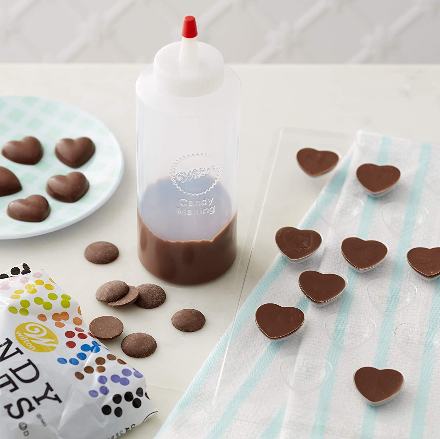Wilton Regular Melting Decorating Squeeze Bottle: Candy Making Supplies: Kitchen & Dining