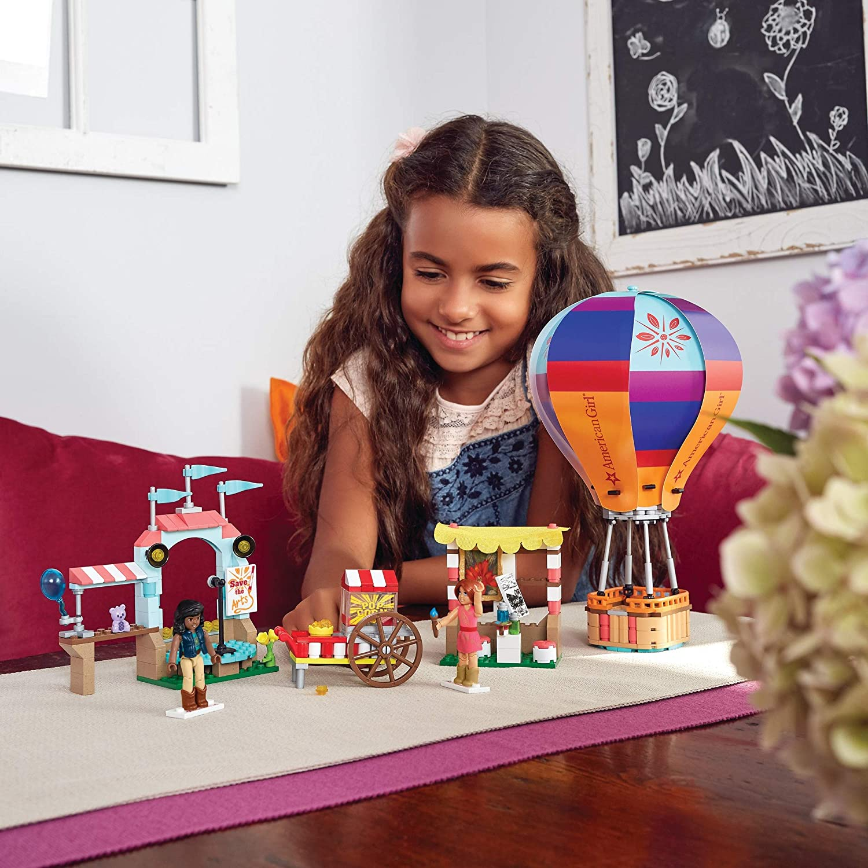 New American Girl Saige/'s Balloon Festival Mega Construx Set Free Shipping !