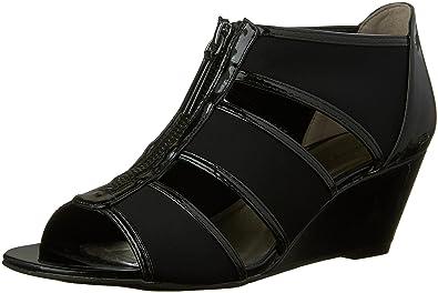 bd67277d5cc Bandolino Women s Opie Wedge Sandal