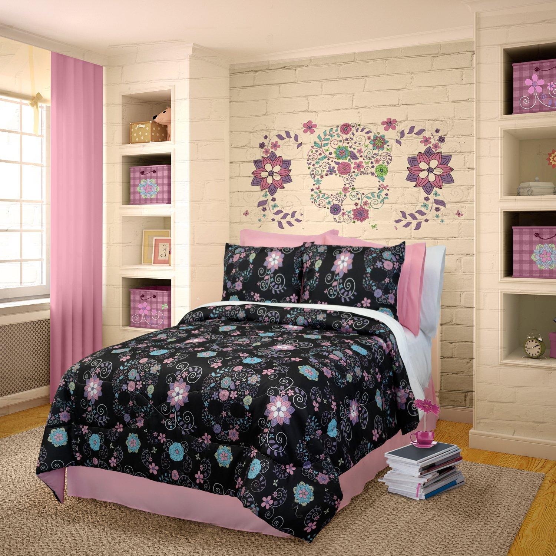 Veratex 100% Micro-Fiber Rainbow Skulls Trendy & Modern 3-Piece Girls Comforter Set, Full Size, Black