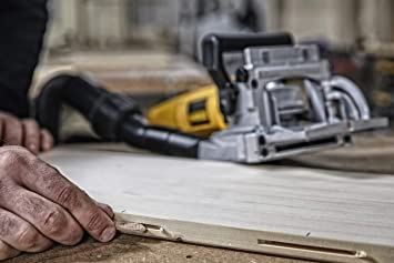 DEWALT DW682K featured image 3