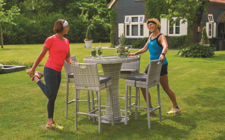Hartman Montego - Juego de mesa y sillas de jardín (polirratán) Enfriador de botellas con 4 taburetes.