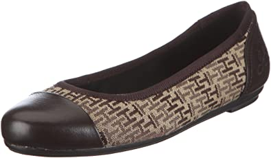 Tommy Hilfiger Women s CAMILLA 7 Ballet Flats Brown Size  4  Amazon ... 2989d03a2574