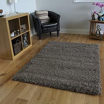 wundersch nen tapis couleur taupe l 39 id e d 39 un tapis de bain. Black Bedroom Furniture Sets. Home Design Ideas