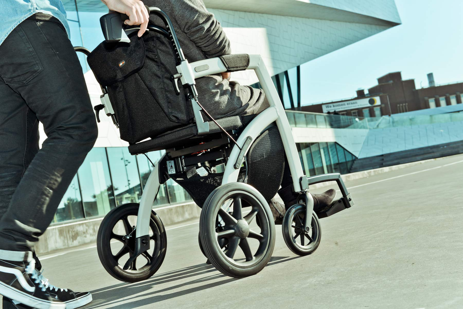 Rollz Motion 2-in-1 rollator and Transport Chair (Island Blue, Regular) by Rollz