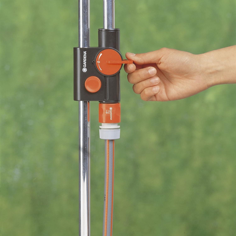 Amazon Com Gardena 961 Outdoor Portable Garden Shower Solo On Spike Watering Nozzles Garden Outdoor
