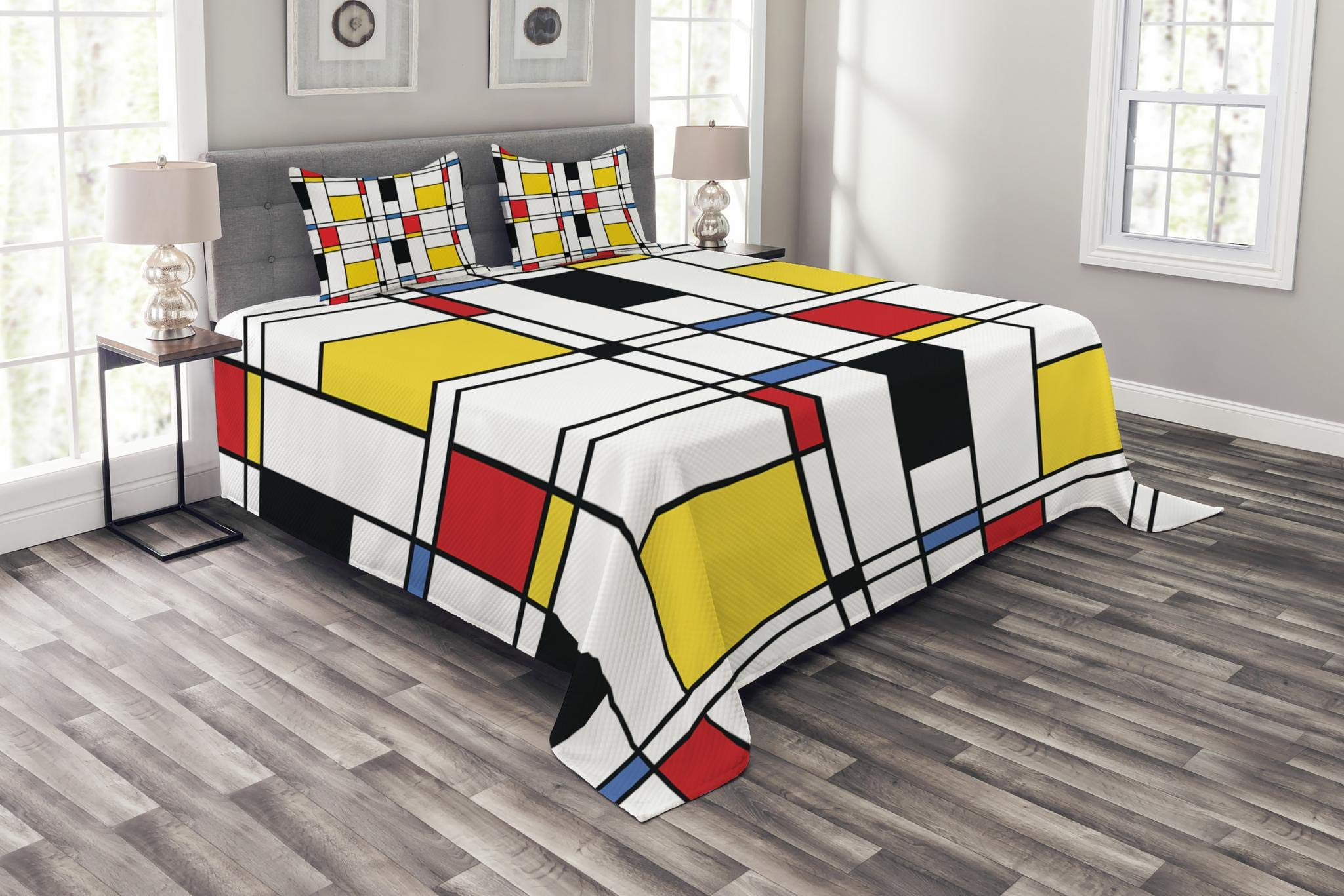 Lunarable Abstract Bedspread Set King Size, Geometric Colorful Pattern with Crossover Rectangle Frame Shapes Window Artistic, Decorative Quilted 3 Piece Coverlet Set with 2 Pillow Shams, Multicolor