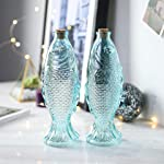 Die Deko-Glasflaschen ist sozusagen nur Flasche in Fischform mit Korken.