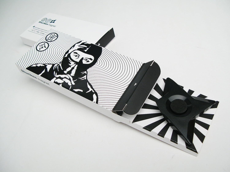 Megawing Ninja Shuriken Magnet