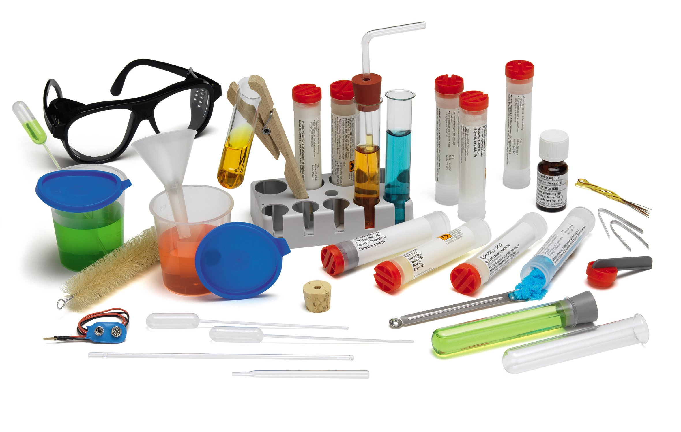 Thames & Kosmos Chem C2000 (V 2.0) Chemistry Set with 250 Experiments and 128 Page Lab Manual, Student Laboratory Quality Instruments & Chemicals by Thames & Kosmos (Image #4)