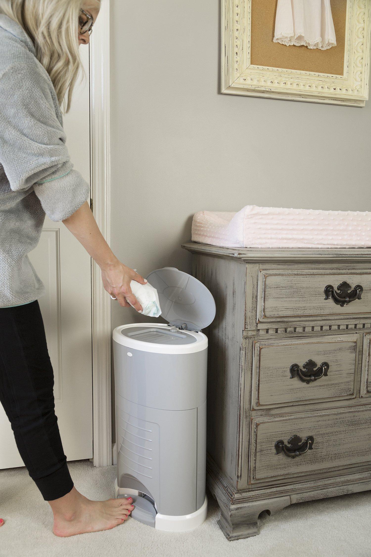Galleon dekor plus hands free diaper pail gray for Dekor plus diaper pail
