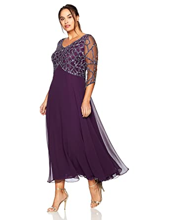 457c327d47e J Kara Women s Plus Size 3 4 Sleeve Geo Beaded Gown at Amazon Women s  Clothing store