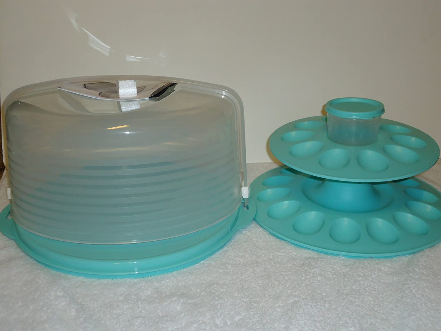 Buy Tupperware Round Cake Taker with the Egg - Ceptional Server Set ...