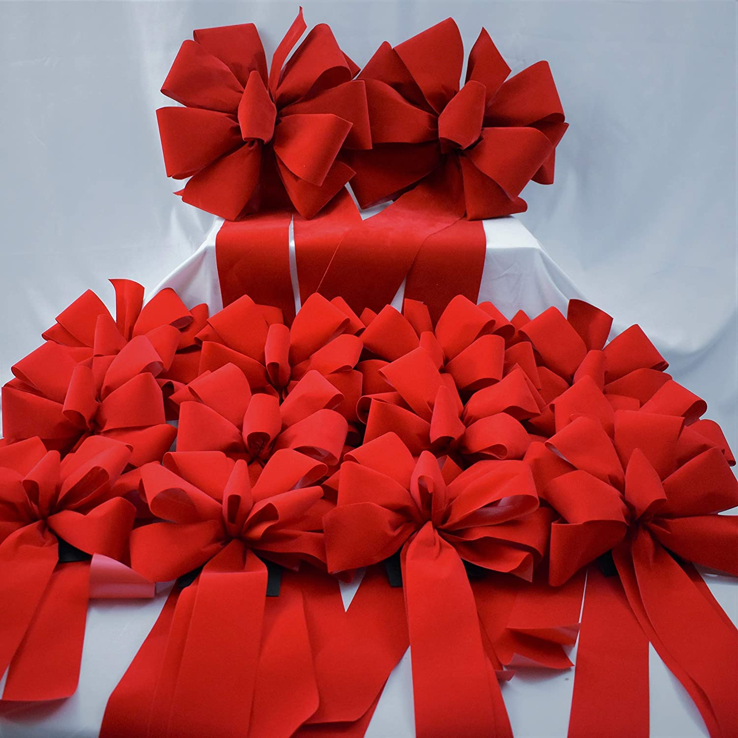 Assortment Of Big Red Velvet Christmas Bows 4 Ea Super Bows 15 X 44 And 12 Ea Premium Bows 10 X 26 Bows For Indoor Outdoor Christmas Decoration