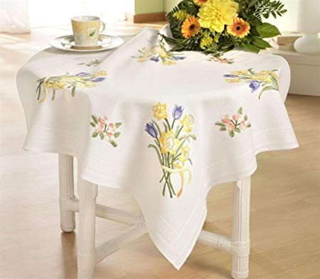 Daffodil Bunch 80 x 80cm Embroidery Tablecloth Kit