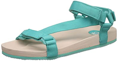 dd04d9a9e0d3f United Colors of Benetton Boy s Sandals  Buy Online at Low Prices in ...
