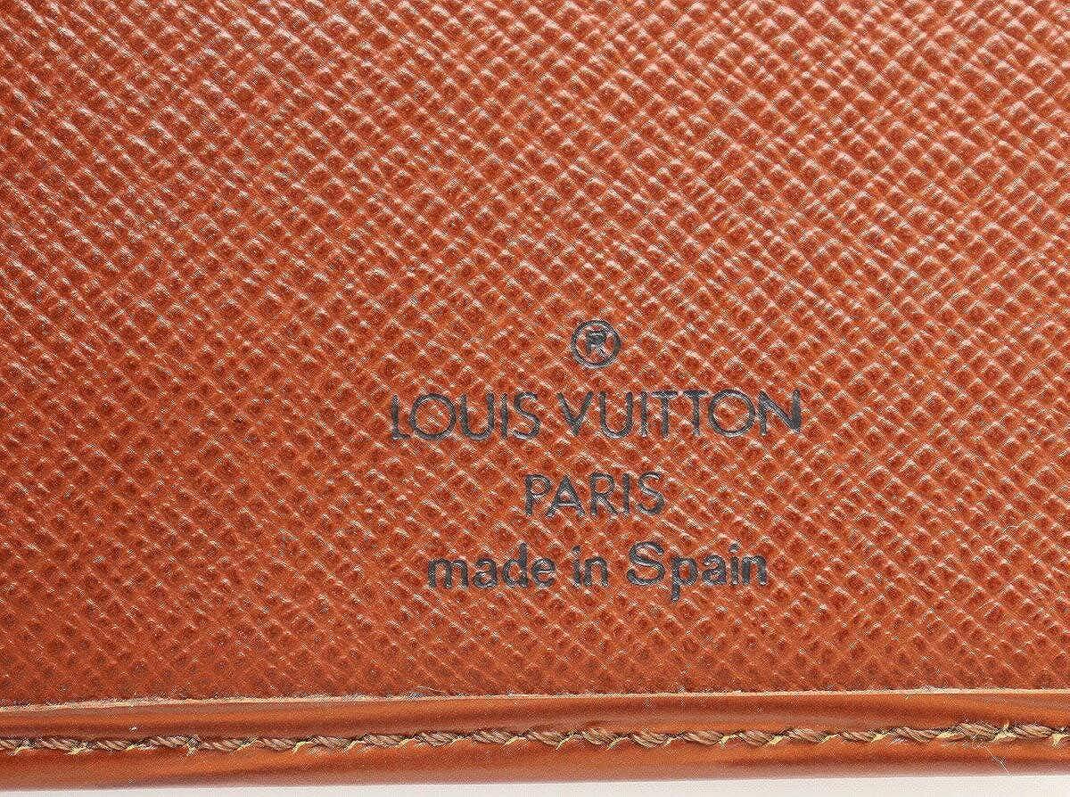 1cf80f3e8e39 Amazon | [ルイ ヴィトン] LOUIS VUITTON エピ ポルトカルト クレディ 円 長札入れ ケニアブラウン 茶 M63213 | LOUIS  VUITTON(ルイヴィトン) | 財布