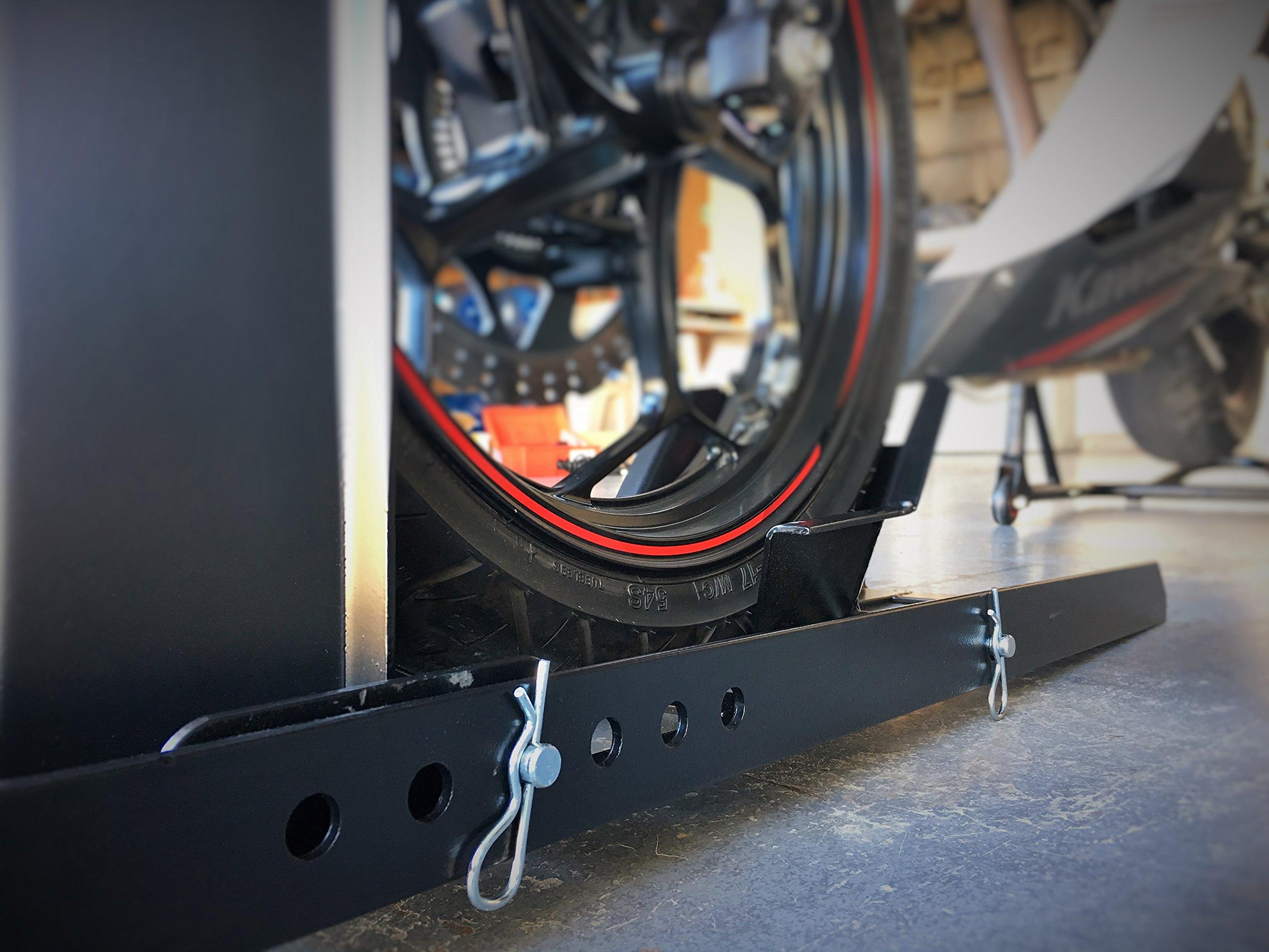 MaxxHaul 70271 Heavy Duty Motorcycle Wheel Chock