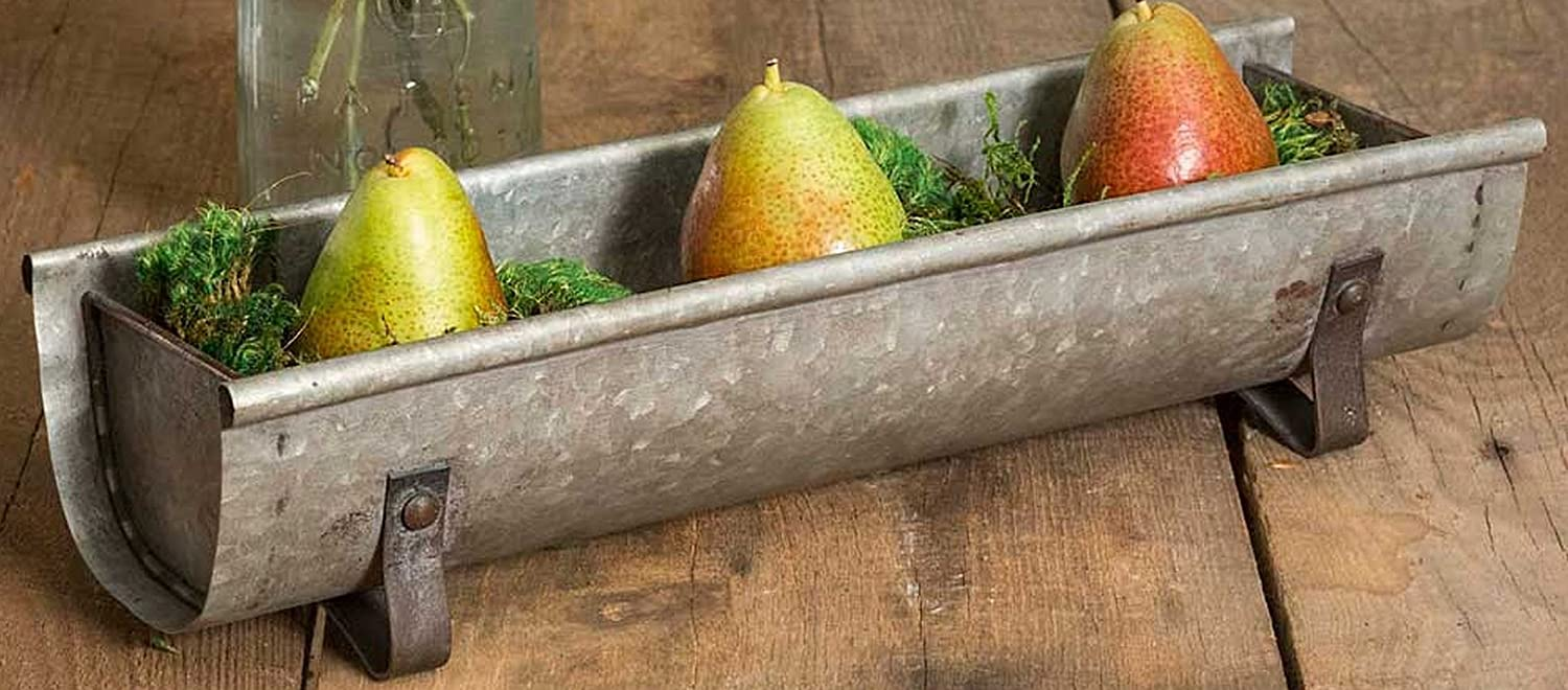 CTW 770009 Decorative Metal Chicken Feeder Tabletop Planter Tray, Galvanized Steel, Rustic Farmhouse Industrial Style Home Decor, Gray
