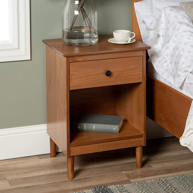 Walker Edison Traditional Wood 1 Nightstand Side Bedroom Storage Drawer and Shelf Bedside End Table, Caramel