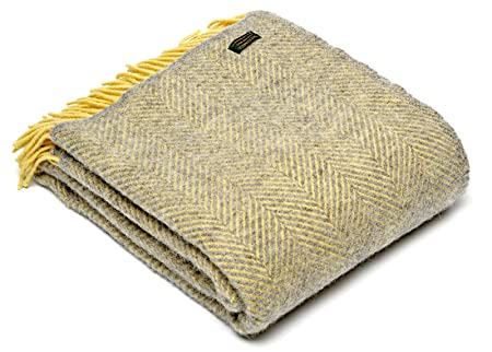 d8c8bdba48 Herringbone pure new wool blanket throw - Silver Grey Lemon - British made   Amazon.co.uk  Kitchen   Home