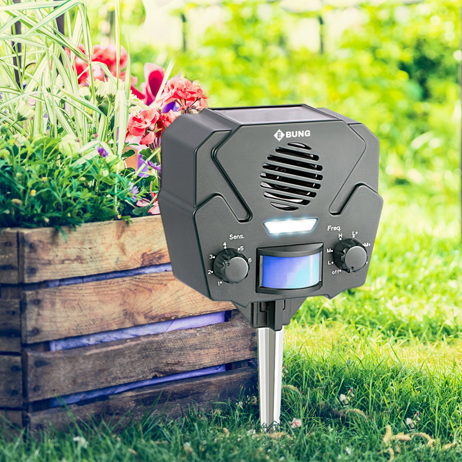 Ebung Ultrasonic Solar Powered Pest Animal Repeller Eco Friendly Scarer Safe Repellent Ideal Way