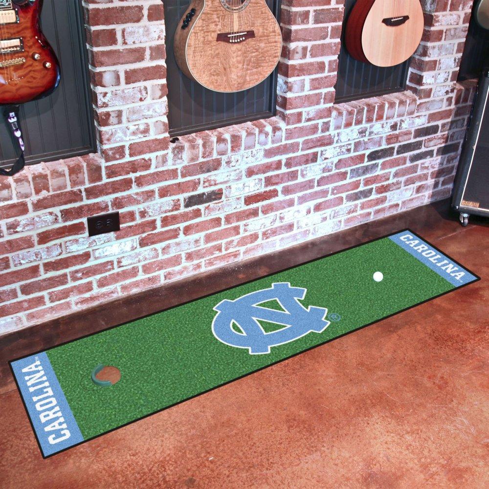 Fanmats UNC NCAAノースカロライナ大学スポーツチームロゴナイロンカーペットインドアOudoorゴルフPracting Putting Greenランナー   B00HXKCRRO