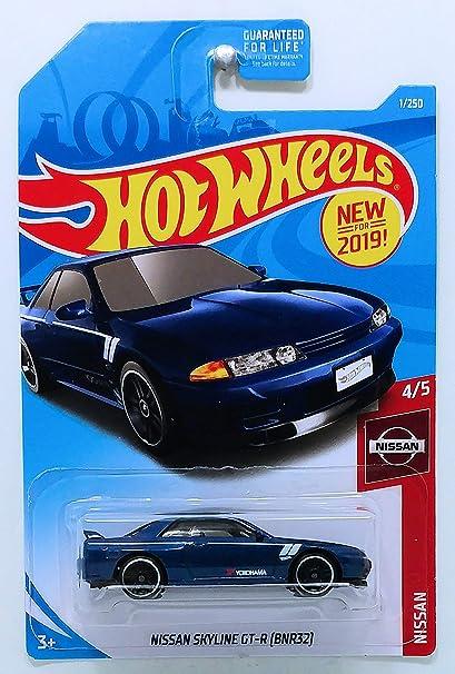 Amazon Com Hot Wheels Mattel 2019 Basic Mainline Nissan Series