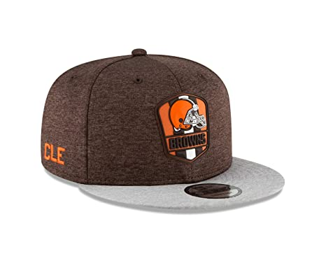 e90f68428 ... new style new era cleveland browns 2018 nfl sideline road official  9fifty snapback hat b6e1d 34b1a ...