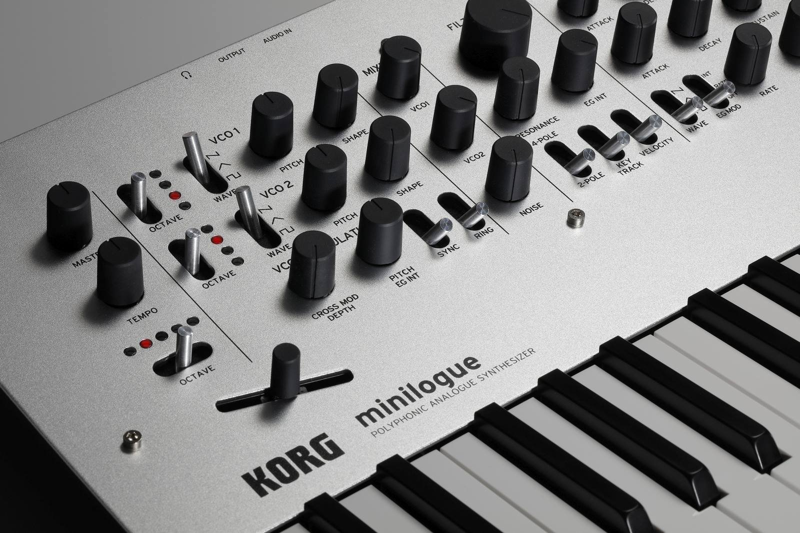Korg Minilogue 4-Voice Polyphonic Analog Synth with Presets by Korg (Image #6)