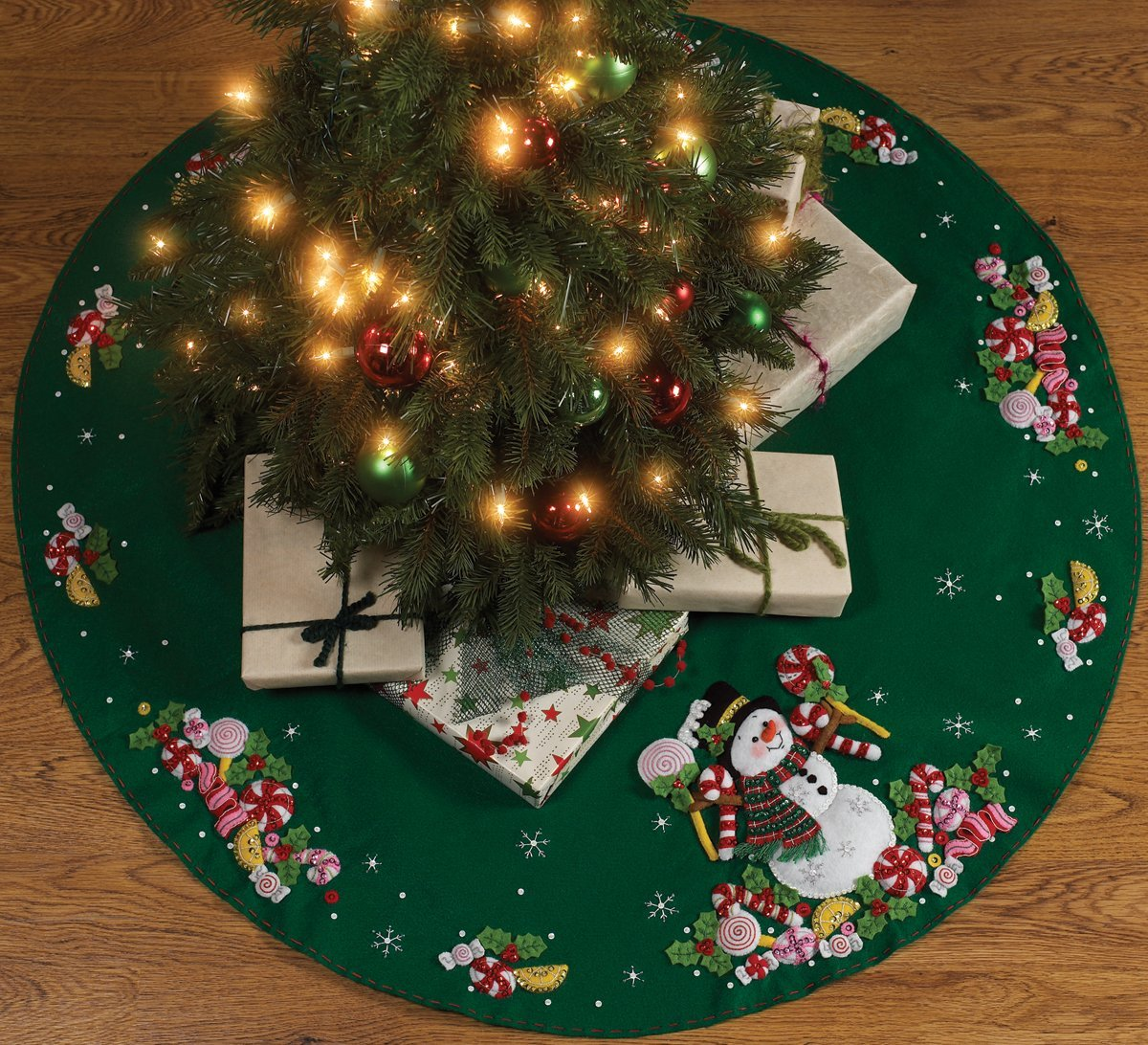 Bucilla Candy Snowman Tree Skirt Felt Applique Kit 86307 43-Inch Round